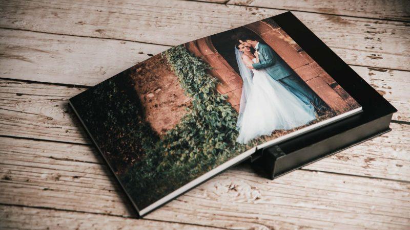 livre de mariage par Olivier Fréchard