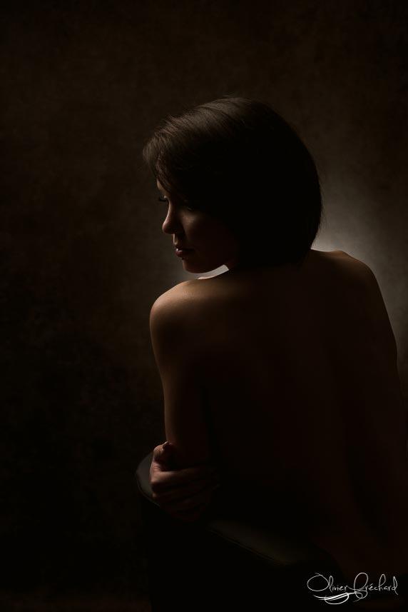 photographe boudoir sensuel en studio à Strasbourg en alsace