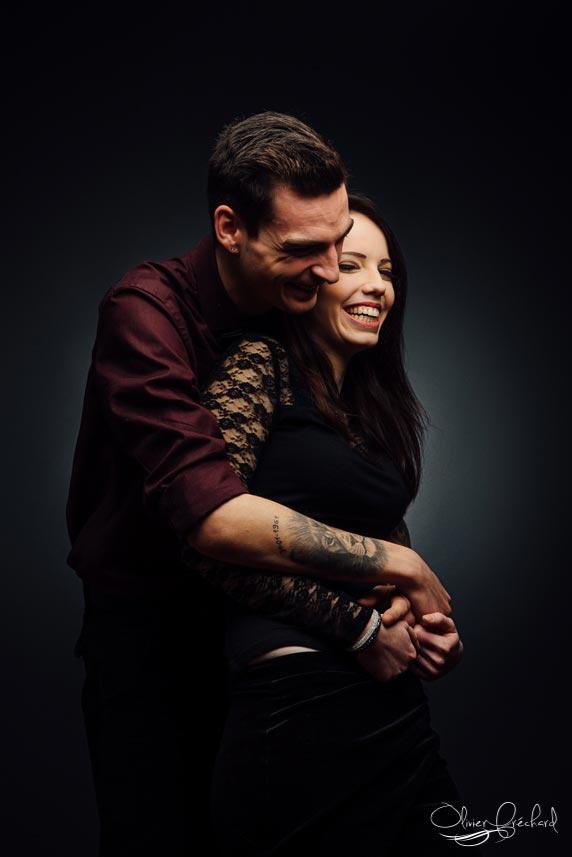 Photo de couple romantique en studio à Strasbourg par Olivier Fréchard