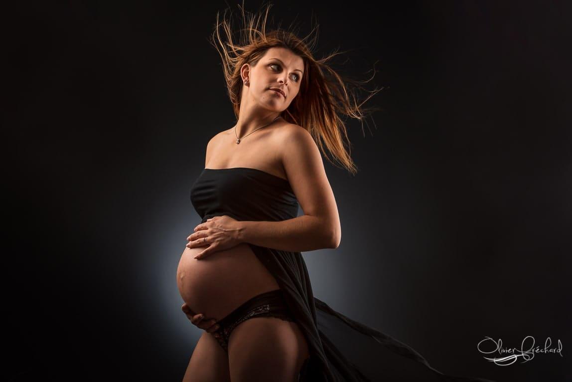 Photos de grossesse en Studio à Strasbourg en Alsace