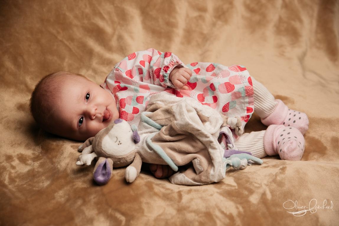 photos de grossesse et de bébé en studio photo à Strasbourg