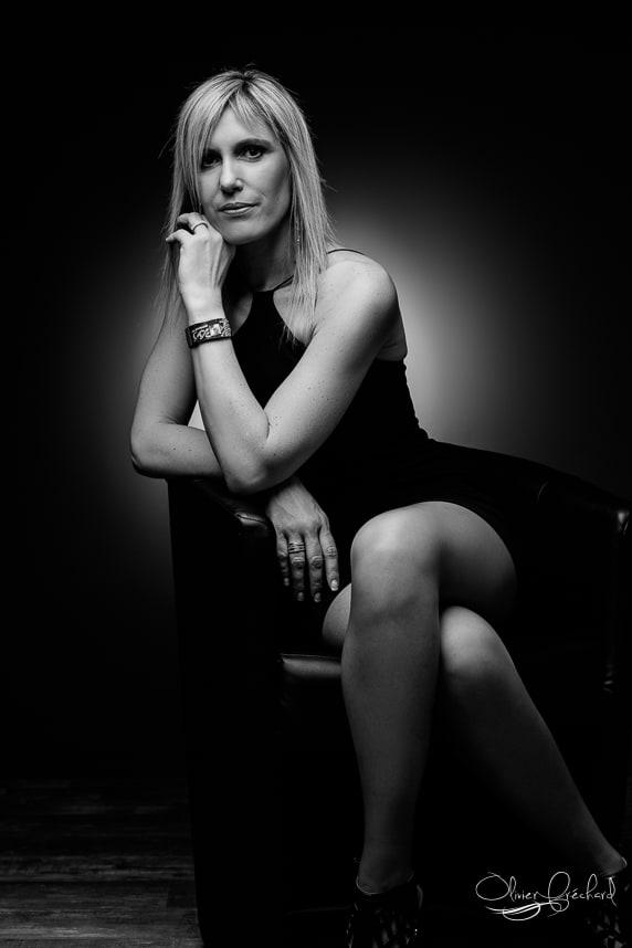 Portrait de femme en studio à Strasbourg par Olivier Fréchard