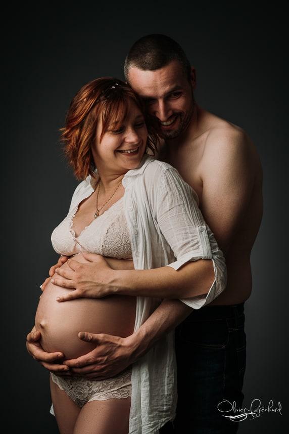 Photos de grossesse en studio à Strasbourg